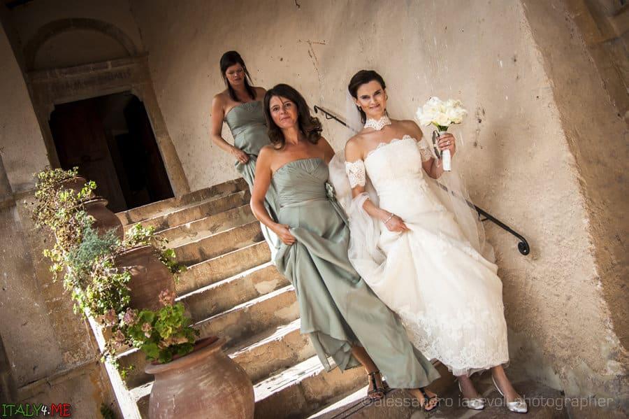 Подружки невесты на свадьбе в Италии